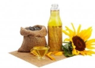 На экспорт ушло почти 4 млн т украинского подсолнечного масла